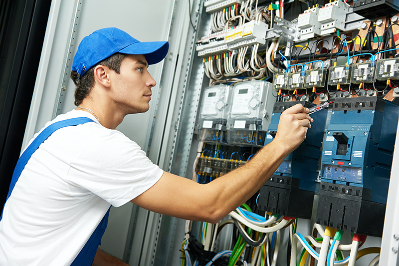 Domestic Electrician in Cheltenham Gloucestershire