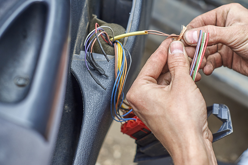 Mobile Auto Electrician Near Me in Cheltenham Gloucestershire